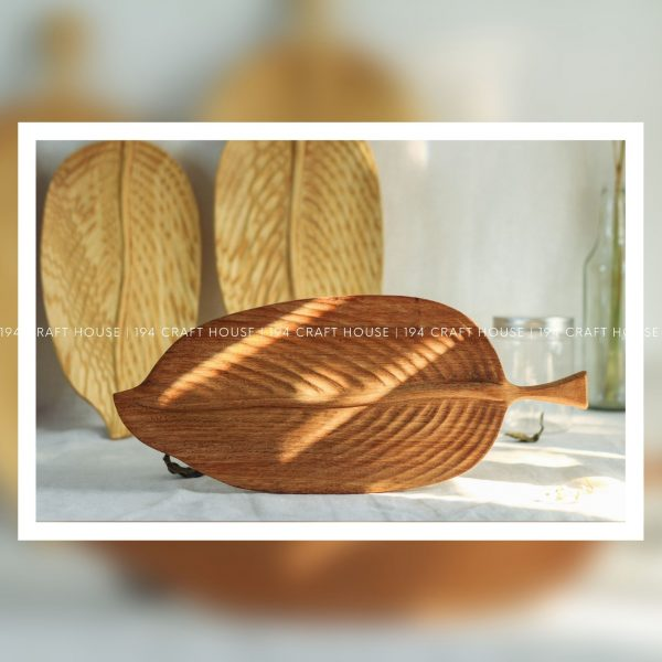 Eco-Friendly Wooden Leaf Tray Kitchen And Dining Decor
